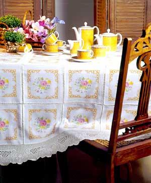 Gráfico de punto de cruz para descargar GRATIS en PDF, imprimir y bordar adornos de mantel para mesa comedor